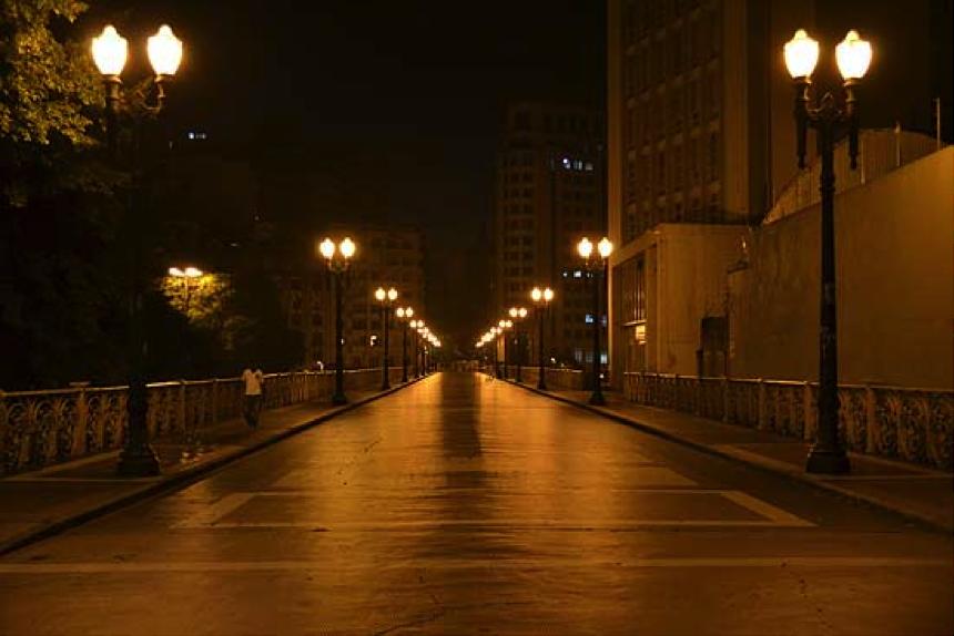 Caminhada noturna fotográfica pelo centro de São Paulo