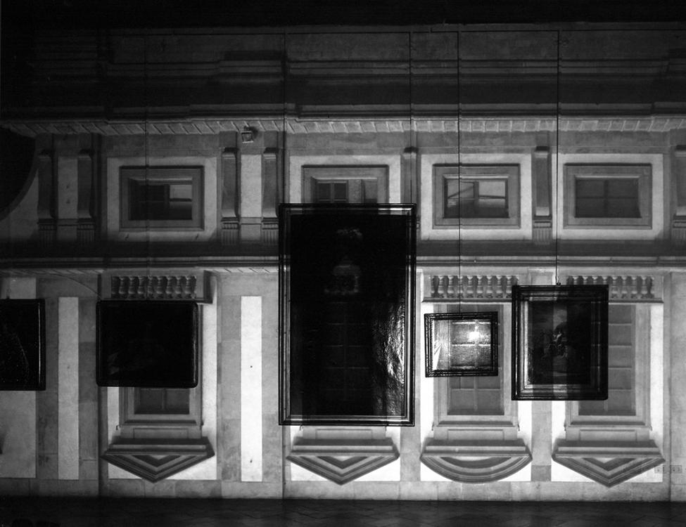CO-Uffizi-Museum-Windows-in-East-Wing_00_slide1