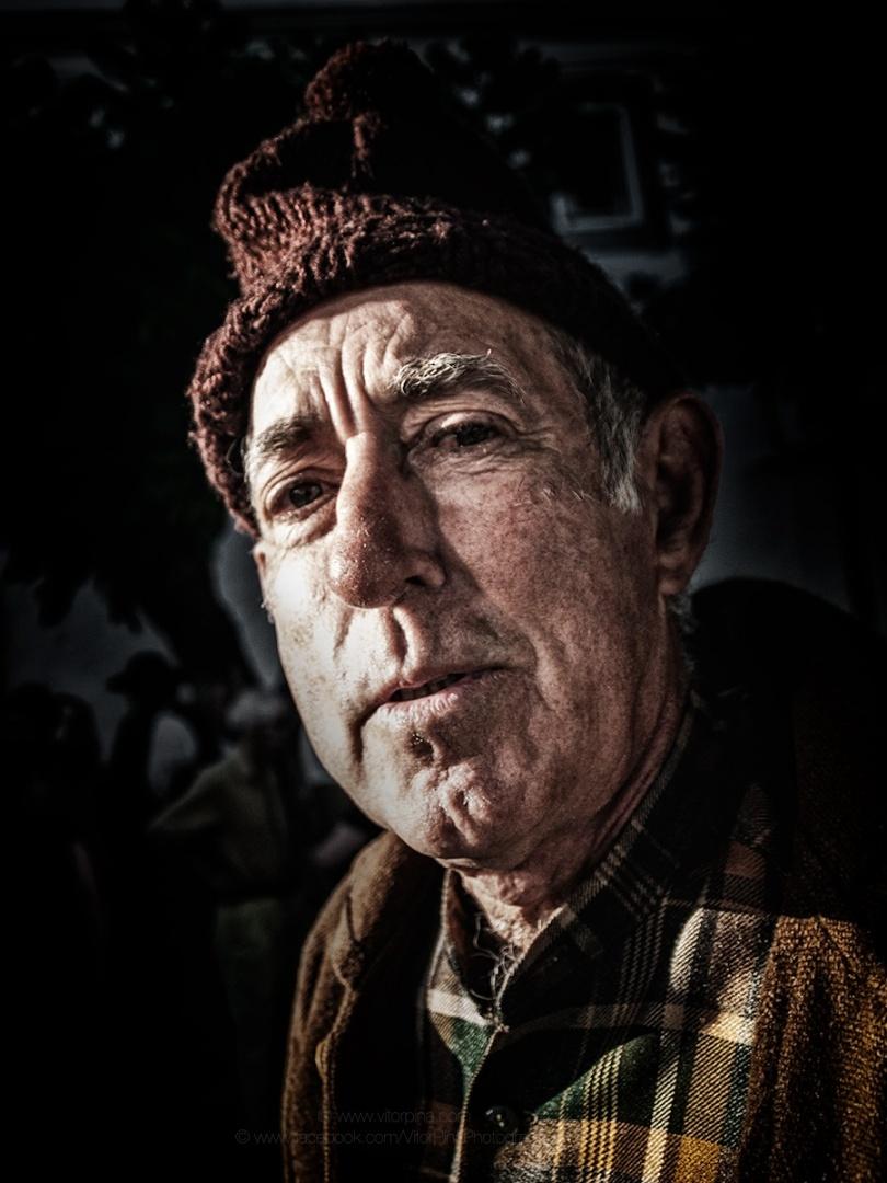 """""""Apenas mais um rosto?"""" de Vitor Pina Photography"""