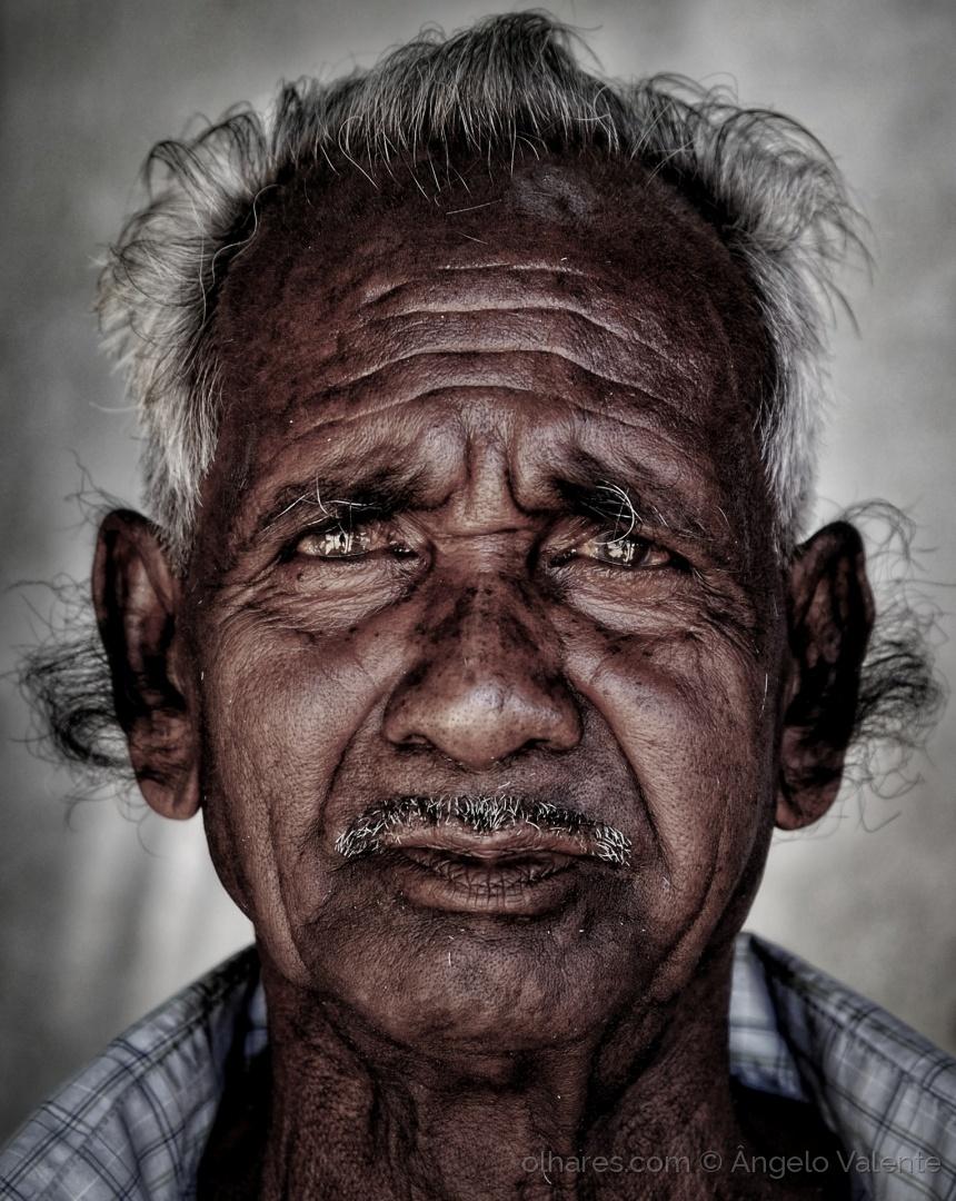 """""""The Old Man"""" de Ângelo Valente"""