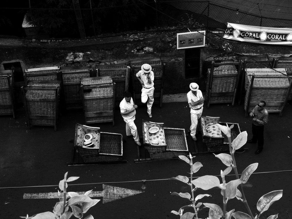 """""""Esperando pelo trabalho"""", vencedora da categoria de """"jovens entre os 13 e os 15 anos"""", a fotografia de Diogo Gonçalves foi tirada na Madeira"""