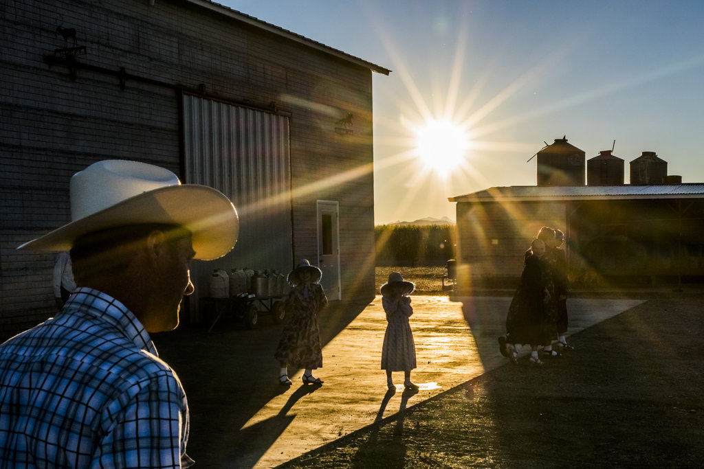 CAPULIN, MEXICO 11/1/2015 A Mennonite family in Chihuahua State. Depleted water supplies have forced many Mennonite farmers to relocate their colonies to other countries. Daniel Berehulak for The New York Times