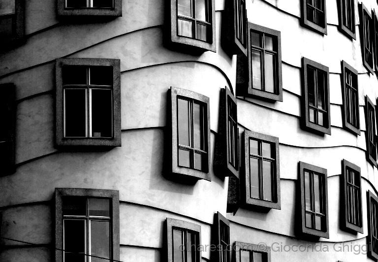 © Gioconda Ghiggi - Detalhe Tan?ící d?m - Casa Dançante