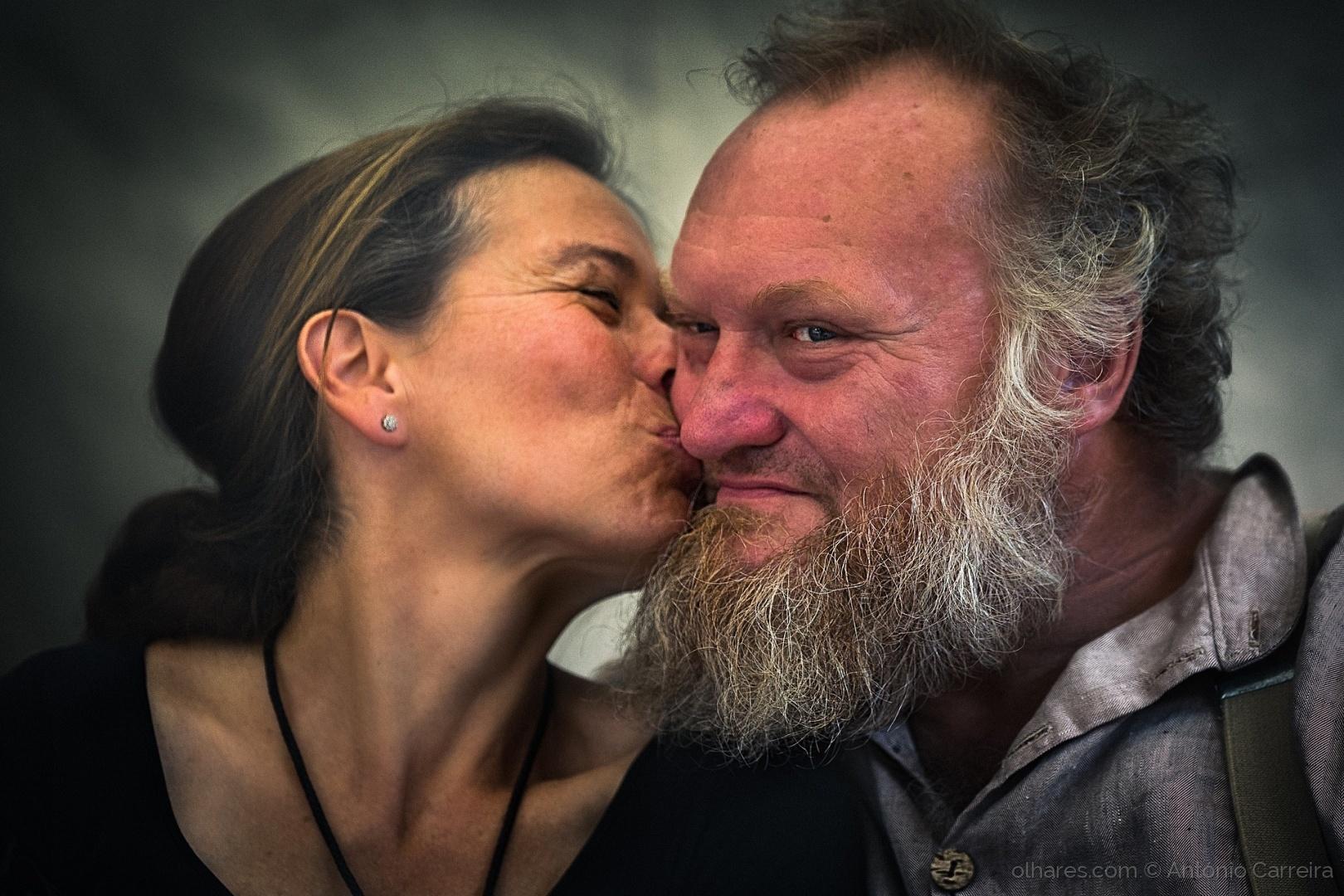 © António Carreira - O beijo