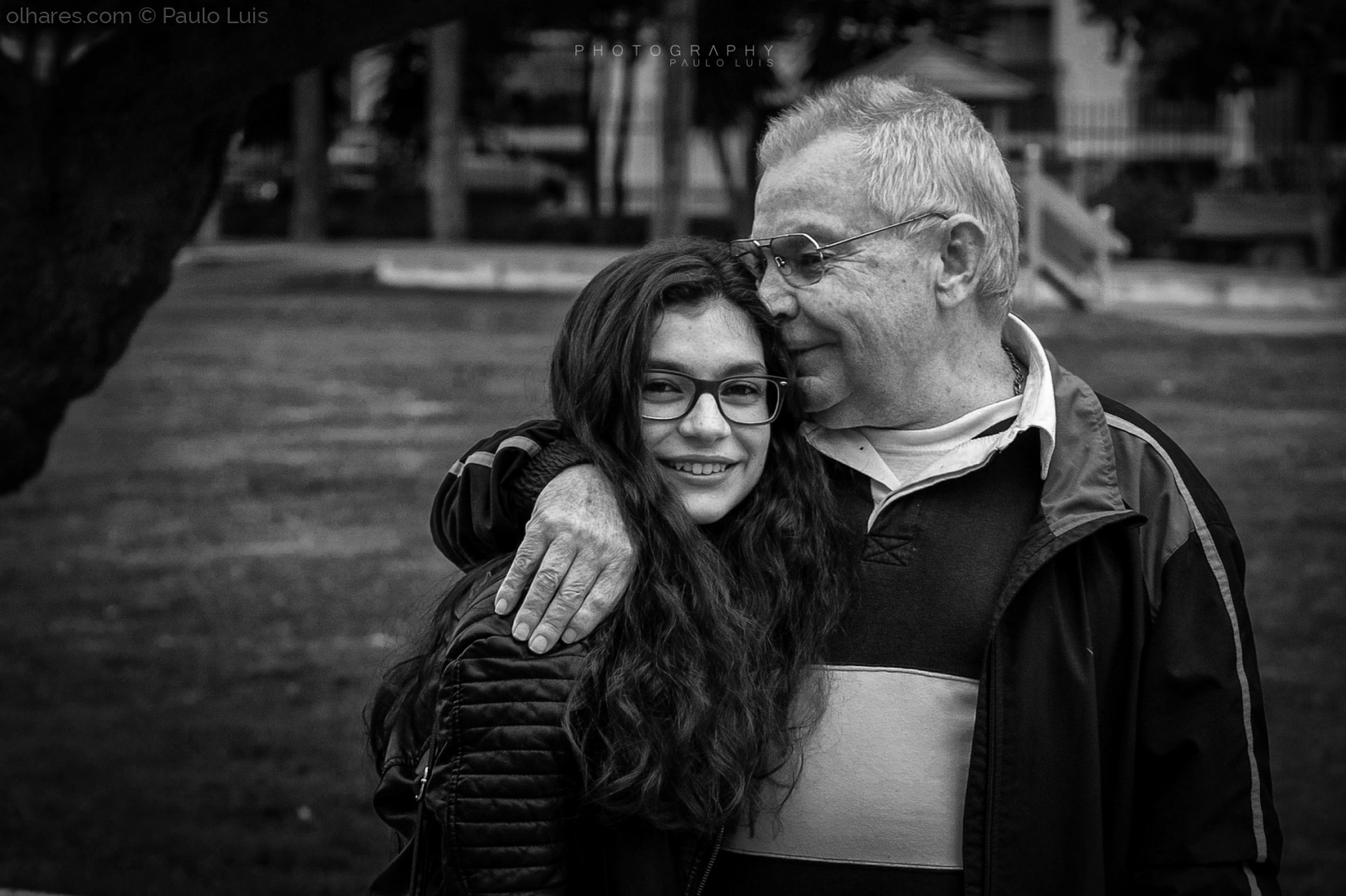 © Paulo Luis - The smell of the granddaughter...