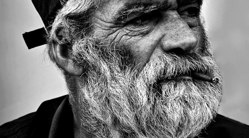 """© Ezequiel59 - """"Às vezes sou feliz..."""" - Ler descrição."""