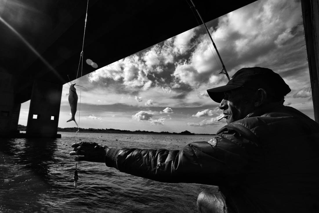 © Tadeu Vilani - Pescando a Ponte