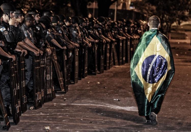 © Thiago Freitas A pátria pede passagem
