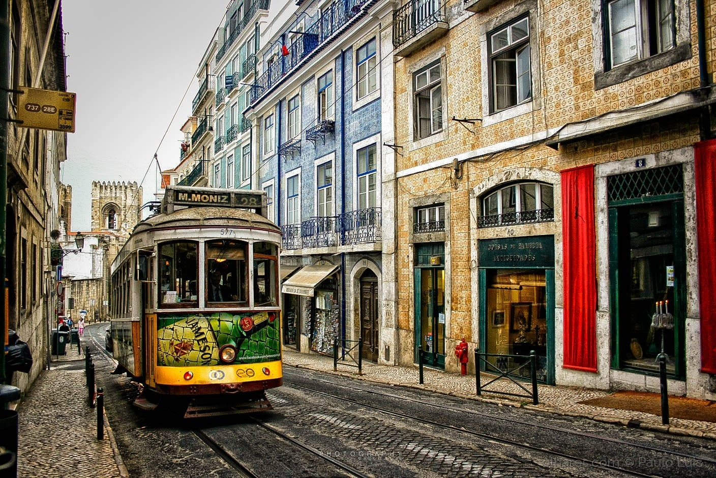© Paulo Luis - The colors of Lisbon
