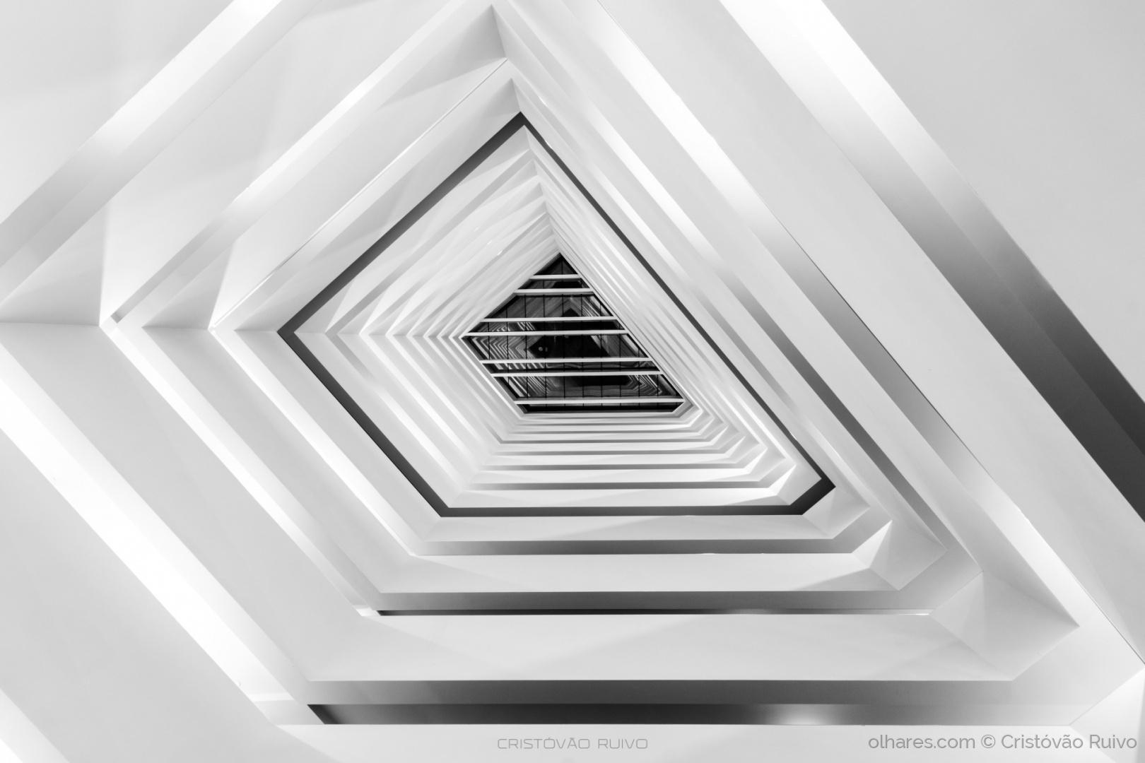 © Cristóvão Ruivo - A torre - arquitectura