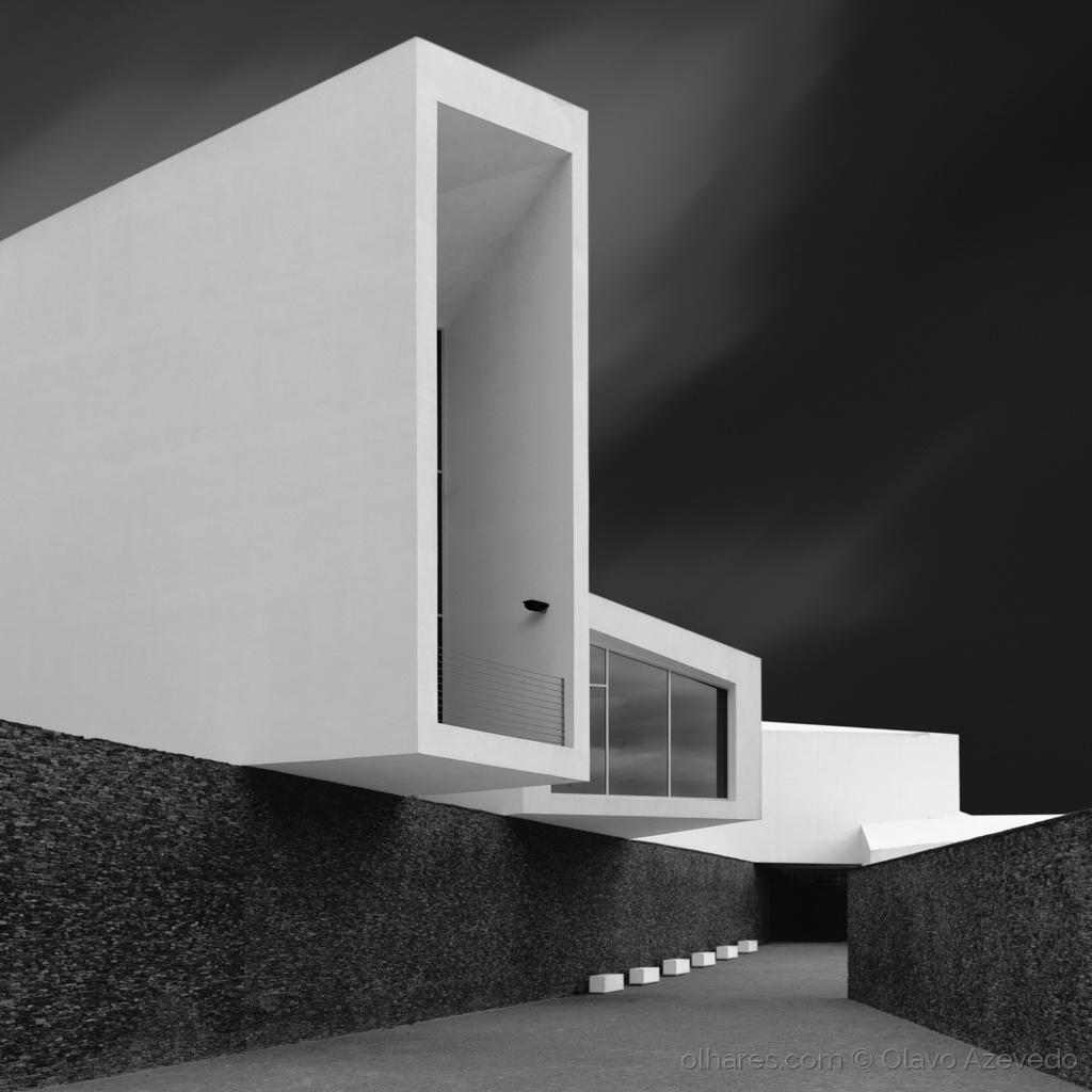 © Olavo Azevedo - White walls
