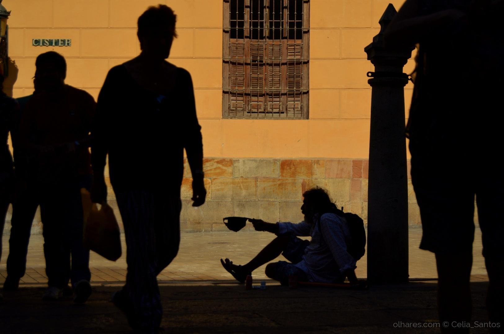 © Celia_Santos - Mendigo