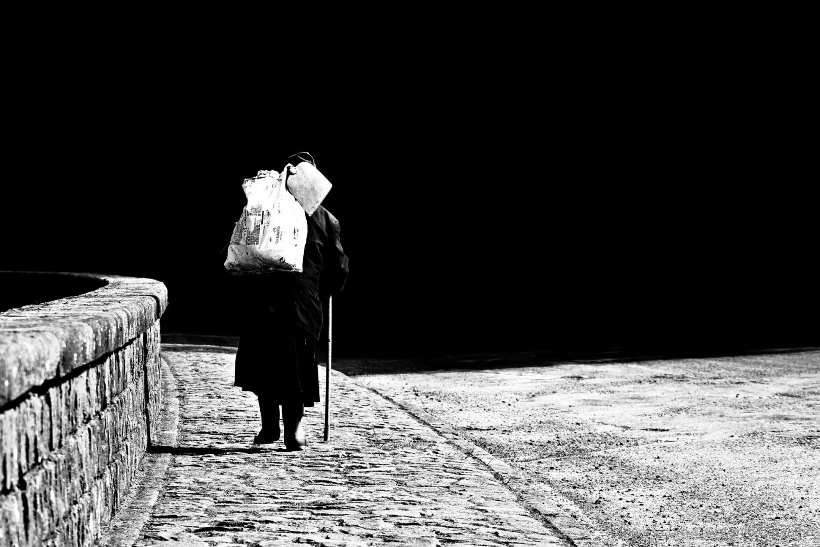 © António Carvalho - O peso de uma vida (ler)