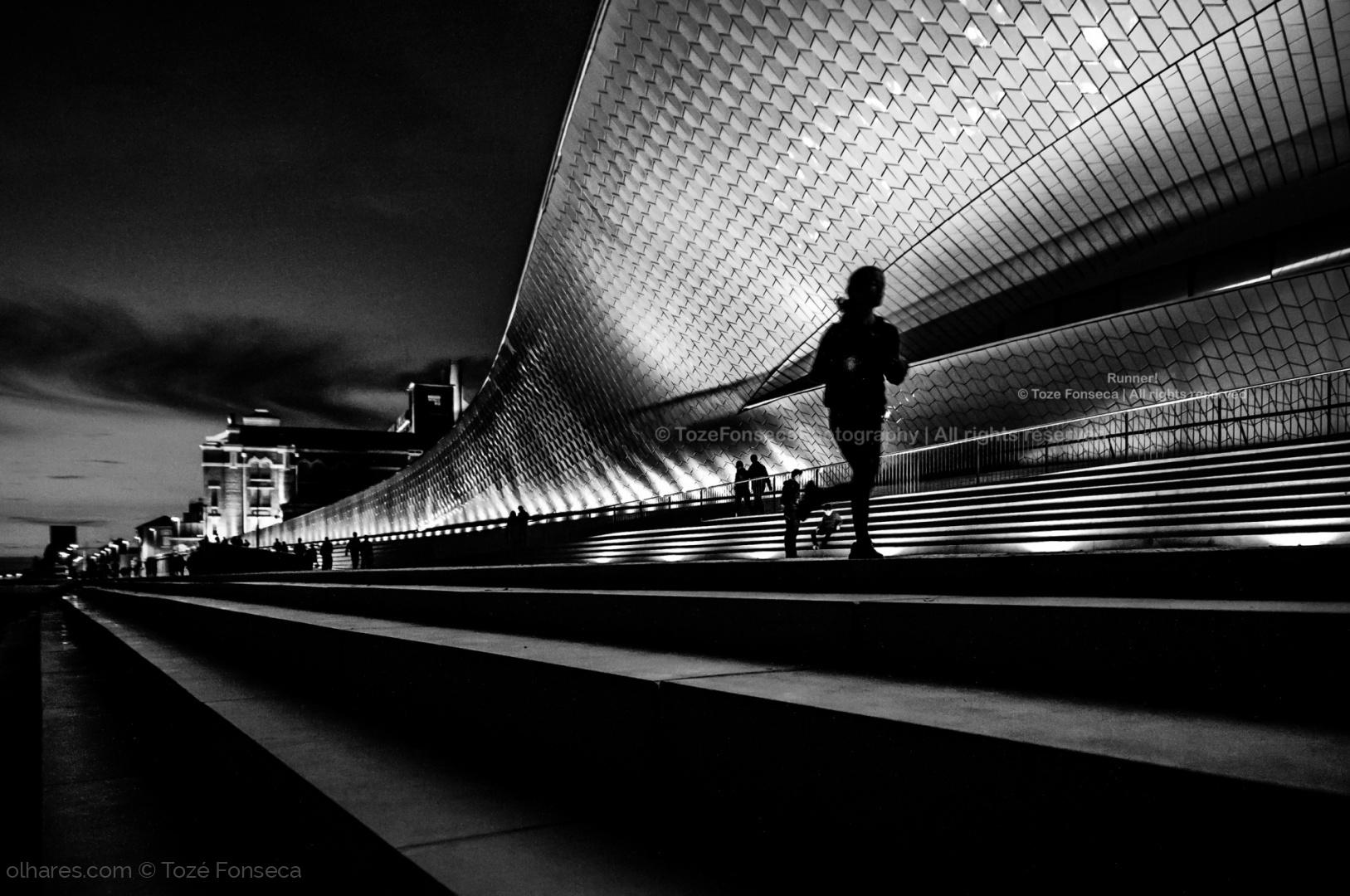 © Tozé Fonseca - Runner!